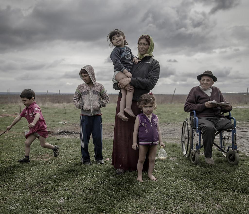 Felicia Radu är 38 år. Hon har fyra barn, 2, 4, 5 och 10 år gamla. Foto: Magnus Wennman