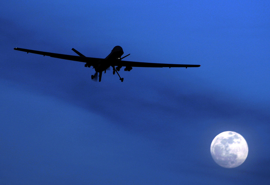 ap foto : kirsty wigglesworth : file - in this jan. 31, 2010, file photo, an unmanned u.s. predator drone flies over kandahar air field, southern afghanistan on a moonlit night. the obama administration is amending its regulations for weapons sales to allow the export of armed military drones to friendly nations and allies. the state department said tuesday, feb. 17, 2015, the new policy would allow foreign governments that meet certain requirements ó and pledge not to use the unmanned aircraft illegally ó to buy the vehicles that have played a critical but controversial role in combating terrorism and are increasingly used for other purposes.  (ap photo/kirsty wigglesworth, file) a jan. 31, 2010, file phot predator dron drone export automatarkiverad